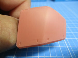 1000番のヤスリで磨いたMG1/100ゲルググVer2.0の肩のパーツ画像