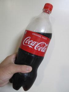 メッキ剥がしに使うコカコーラの画像
