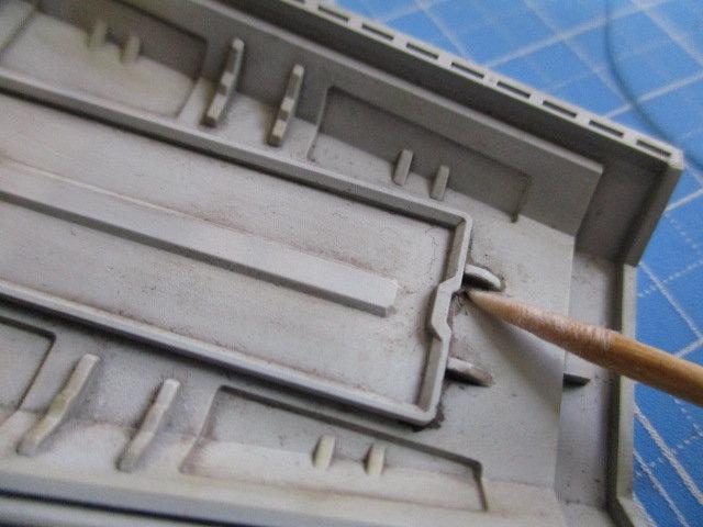 ガイアノーツの精密綿棒を使っている画像