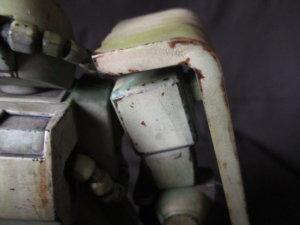 マキシマムザクをリアルタッチマーカーでウェザリングした画像2