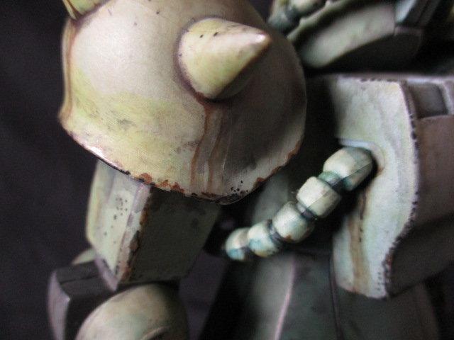 マキシマムザクをリアルタッチマーカーでウェザリングした画像1
