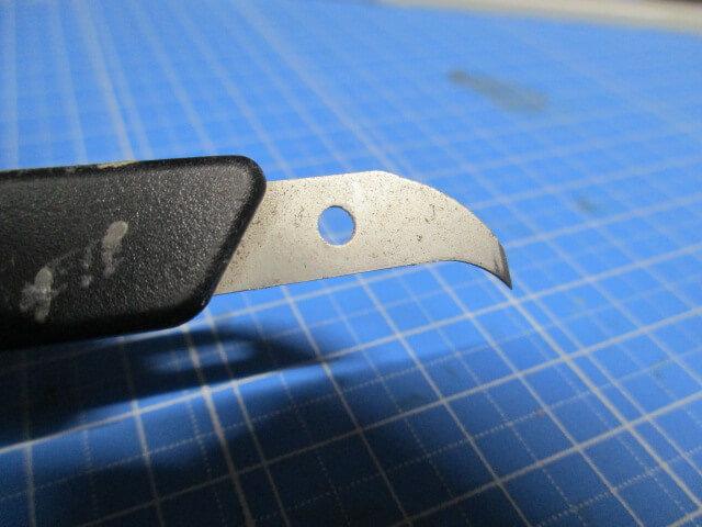 スジボリで使ったハセガワ ラインエングレーバーの刃先