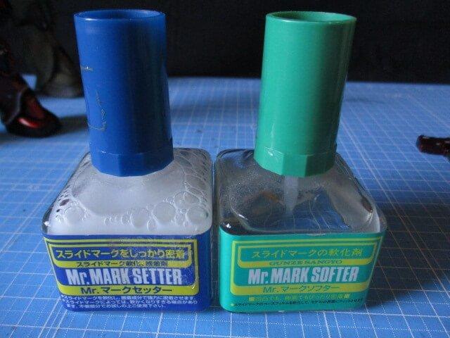 水転写デカールを貼る時に使うと便利なマークセッターとマークソフター