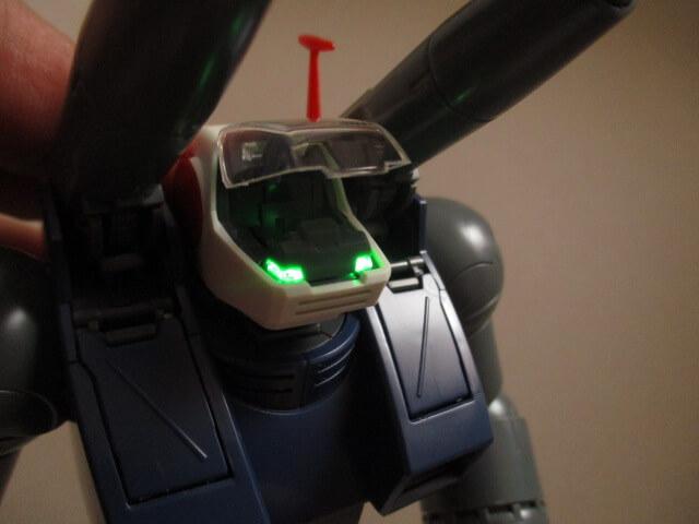 MG1/100ガンタンクの頭部LED店頭画像2